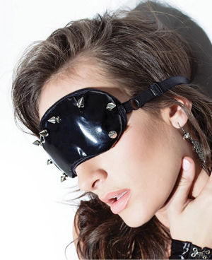 <Lady Cat> PVC Eyemask with Studded Detail